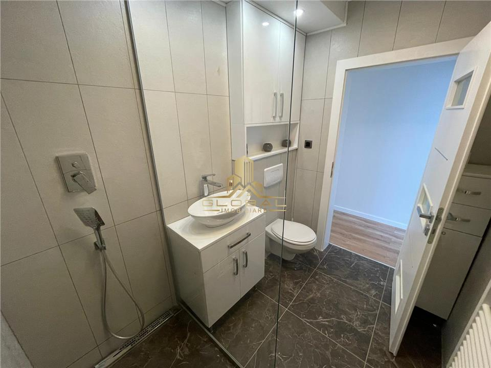 3 camere, 70 mp, mobilat/utilat, amplasat pe 2 nivele, zona Buna Ziua
