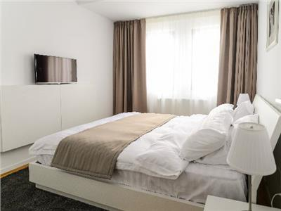 3 camere, 75 mp, parcare, zona Iulius Mall, Park Lake