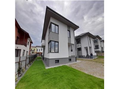 Casa cu 4 camere, 104 mp, 159 mp curte, zona Borhanci